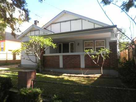 House - 37 Elizabeth Street...