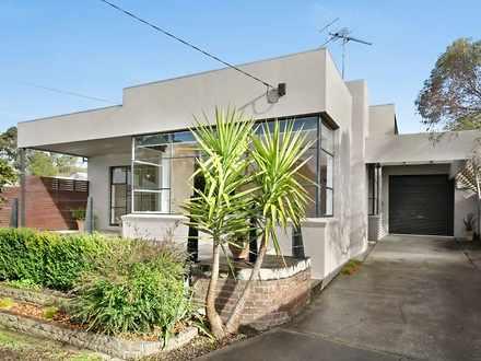 House - 818 Geelong Road, C...