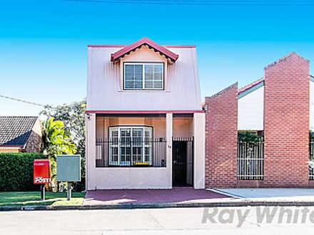 House - 32 Garden Grove, Ad...