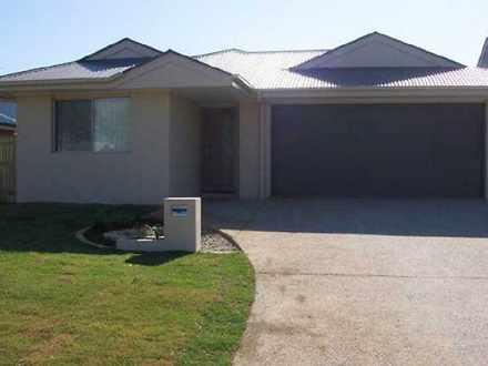 House - 58 Baybreeze Cresce...