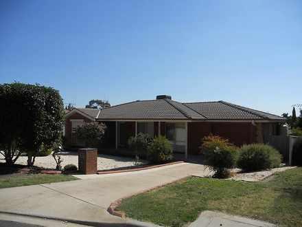 House - 2 David Court, Bend...