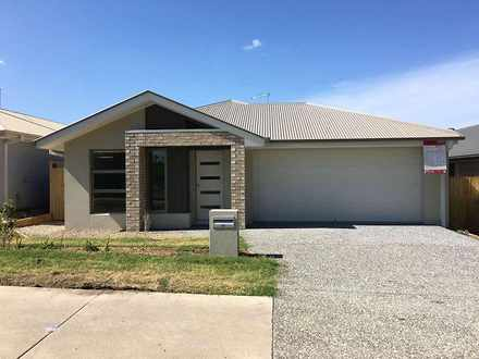 House - 85 East Beaumont Ro...