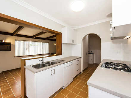 House - 25 Ridgewood Way, F...