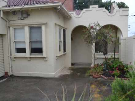 House - 127 Nepean Highway,...