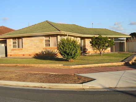 House - 2 Woodland Road, Mi...