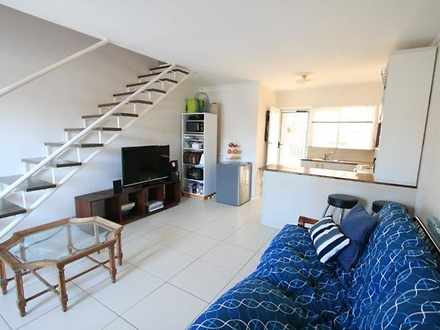 Apartment - 10 Thomas Drive...