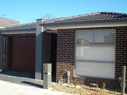 House - 12 Mustang Lane, Th...
