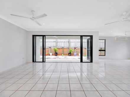 House - 2 Coogera Street, M...