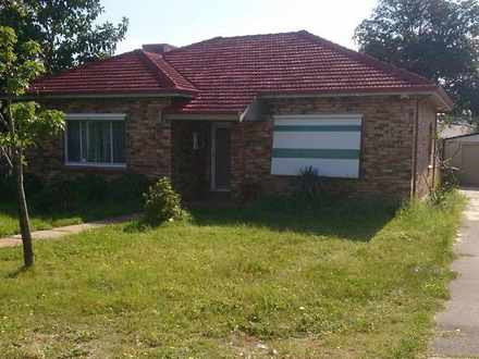 House - 6 Taree Street, St ...