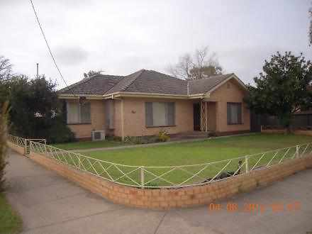 House - 9 Lake Street, Shep...