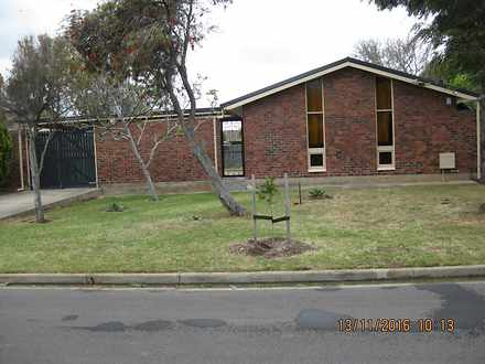 House - 39 Clipper Court, S...