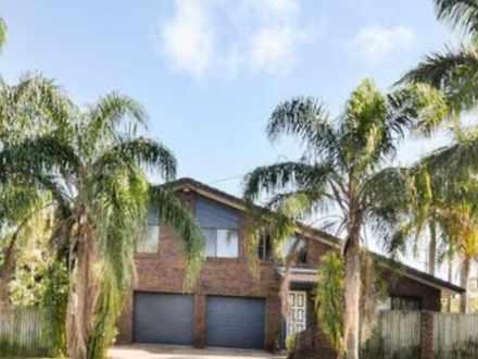 House - 70 Palm Drive, Mool...