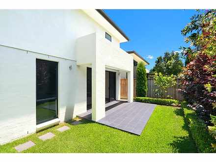 House - 4 Baronia Circuit, ...