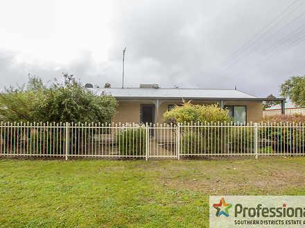 House - * 8 Pendleton Stree...