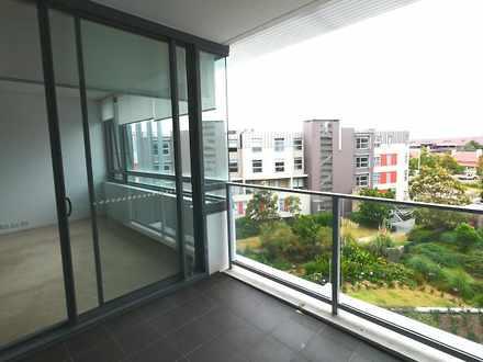 Apartment - 303/2-8 Pine Av...