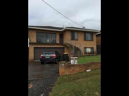 House - 2/6 Canobolas , Str...