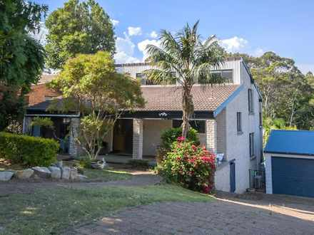 House - 100 Fencott Drive, ...
