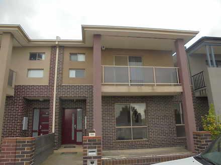 Townhouse - 18 Brookvale Co...