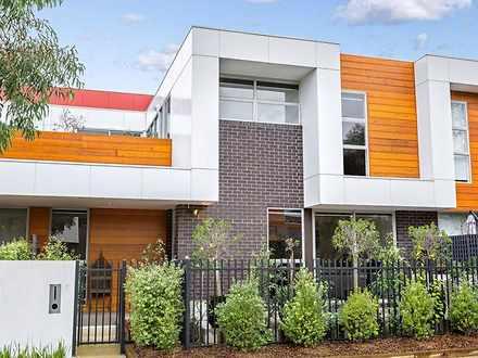 House - 7 Eucalyptus Drive,...