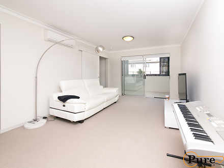 Apartment - 4201/151 Annerl...