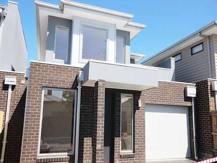 House - 1/42A Adelaide Stre...