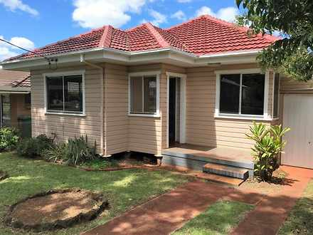 House - 28 Doncaster Street...