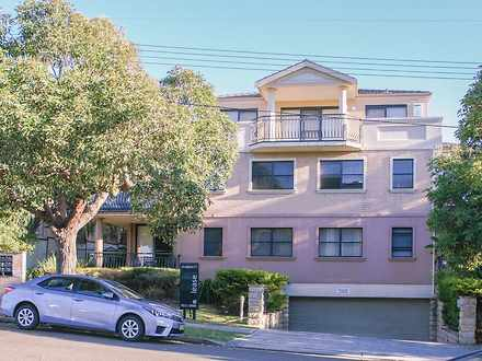 Unit - 2/13-15 Littleton St...