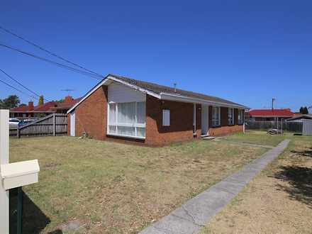 House - 10 Clarence Avenue,...