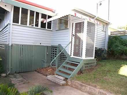 House - 31 Matthew Flinders...