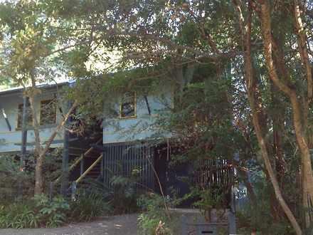 House - 22 Dobell Street, I...
