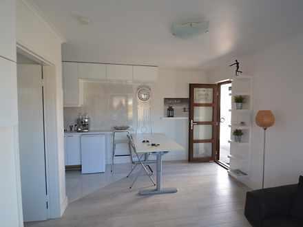 Apartment - 1/436 Geelong R...