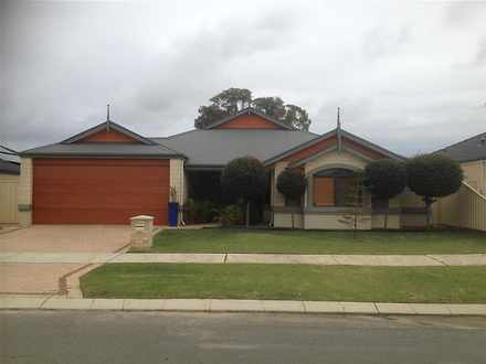 House - 25 Hennessy Drive, ...