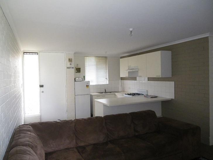 Unit - 205/54 Nannine Place...