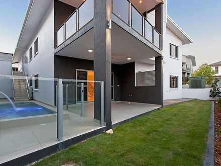 House - 1 Sleigh Place, Stu...