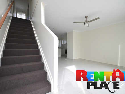 Townhouse - 54/28 Waheed St...