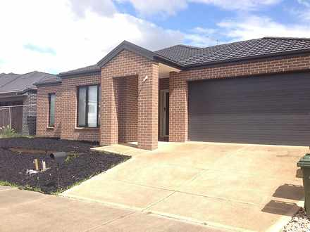 House - 37 Fulham Way, Woll...