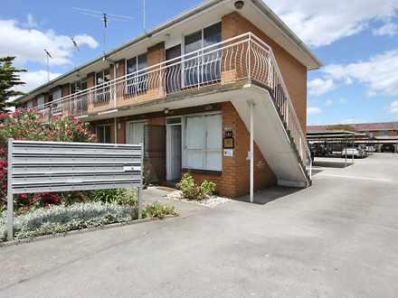 Flat - 4 / 181 Geelong Road...