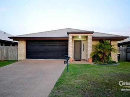 House - 30 Mannikin Way, Bo...