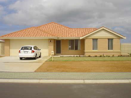 House - 3 Ocean Queen Drive...