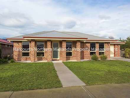 House - 4 Longford Close, L...