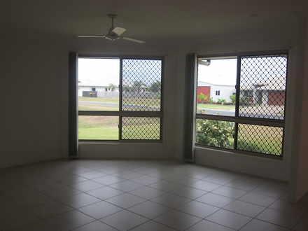 House - 12 Sorrento Way, Zi...