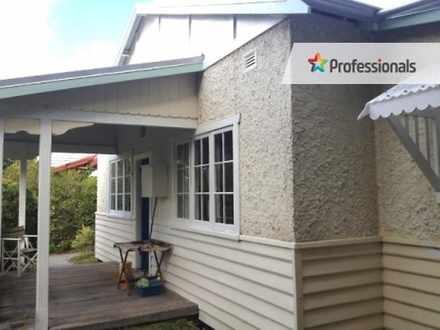 House - 39 Adelaide Crescen...