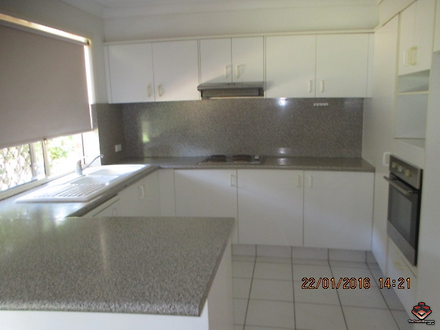 Townhouse - Riverview Road,...