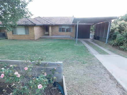 House - 499 Armidale Road, ...