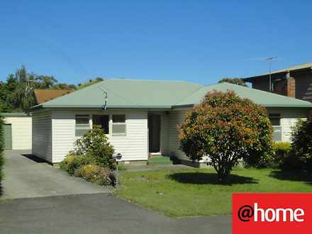 House - 106 Norwood Avenue,...