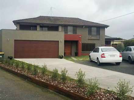House - 7 Bayne Place, Pros...