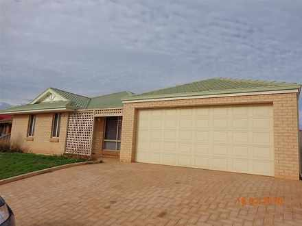 House - 13 Hillview Drive, ...