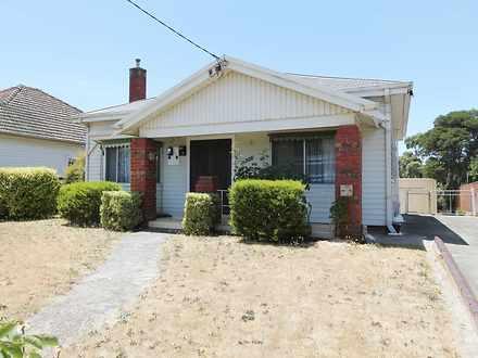 House - 1008 Lydiard North ...