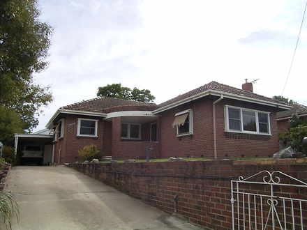 House - 306 Walsh Street, E...