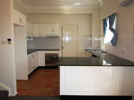 Townhouse - Kenneth Avenue,...
